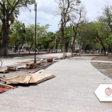 Continúa la modernización del acceso a Apatzingán.