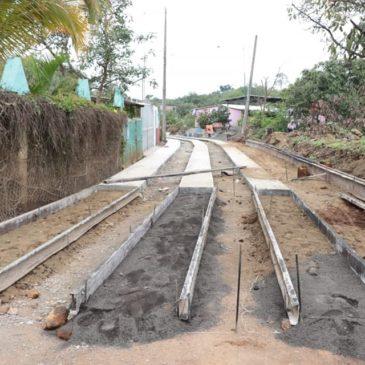 Se continua con la mejora de los acceso a las localidades.